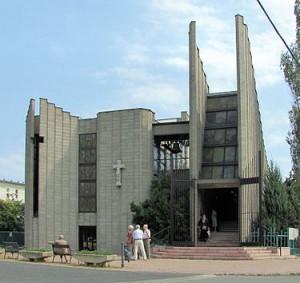 Farkasrét Mindenszentek plébániatemplom, Budapest (2)